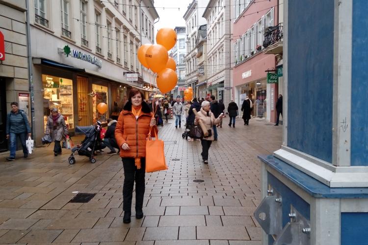 Ein oranger Farbtupfer!