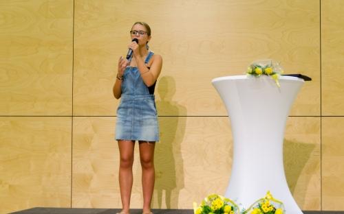 Naaya Peltzer, Gesang