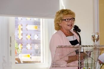 Begrüßung durch die Stadtverordnetenvorsteherin und Hausherrin Christa Gabriel